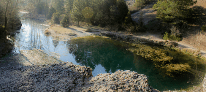 Visita al Monumento Natural de la Fuentona