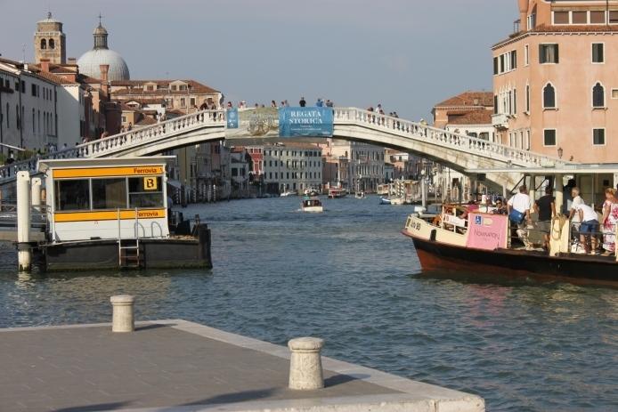 Como moverse por Venecia